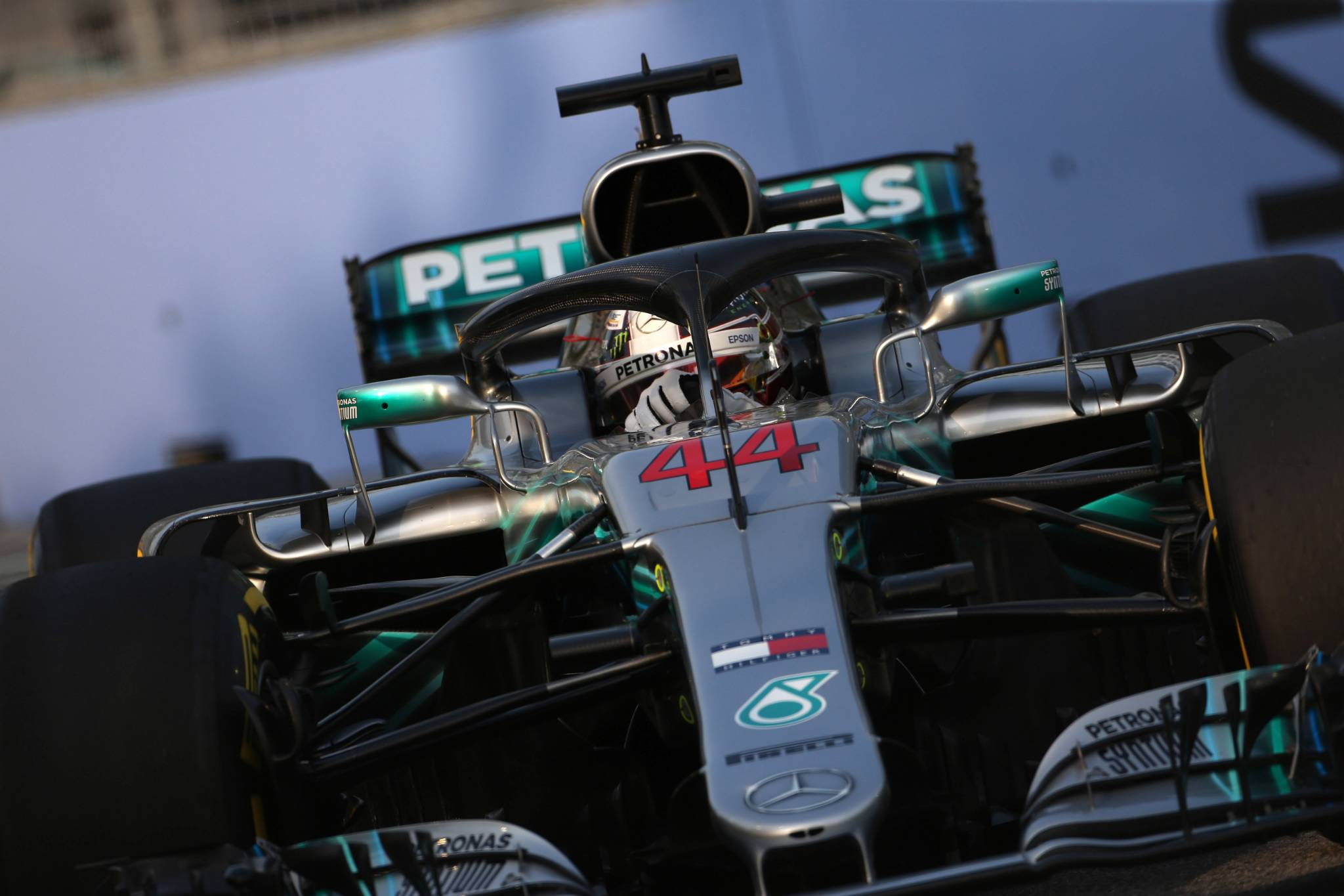 F1 Hamilton Predicts Three Way Fight In Singapore Praises Mercedes Vettel Expects Indian Circuit To Be Secondfastest Track Gains News