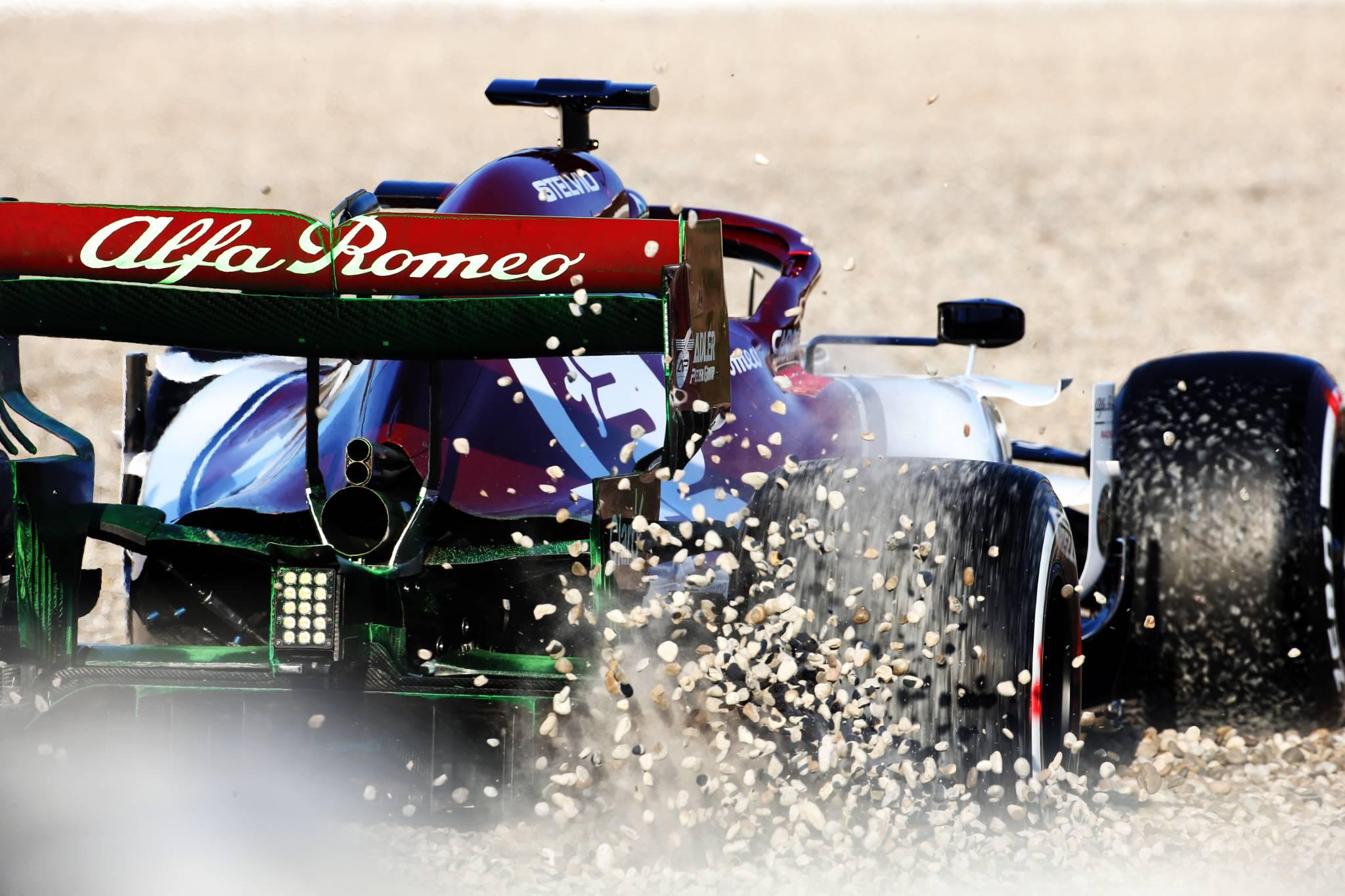 Kimi Raikkonen (FIN) Alfa Romeo Racing C38 in the gravel trap. 18.02.2019.