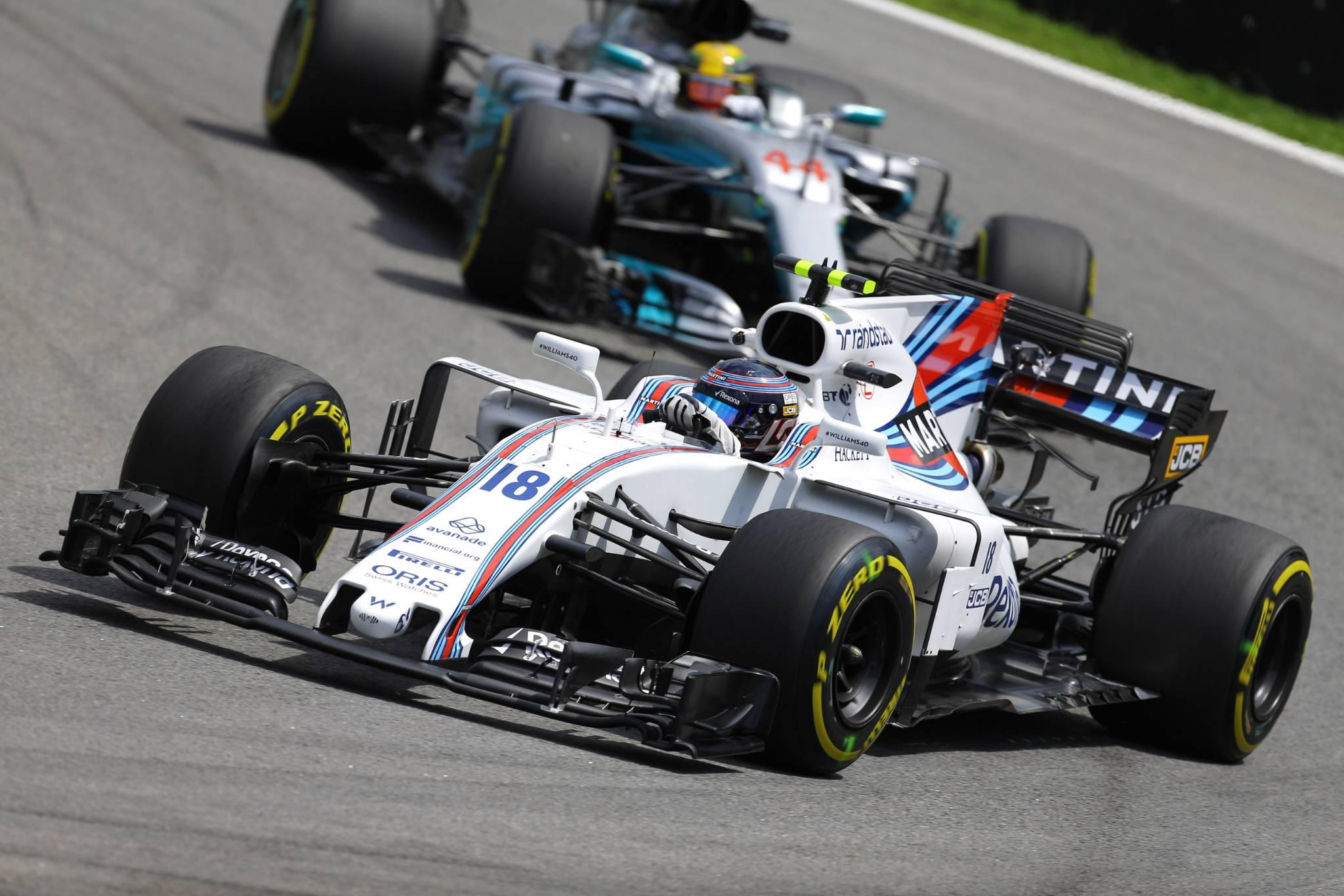 10.11.2017 - Free Practice 2, Lance Stroll (CDN) Williams FW40 and Lewis Hamilton (GBR) Mercedes AMG F1 W08