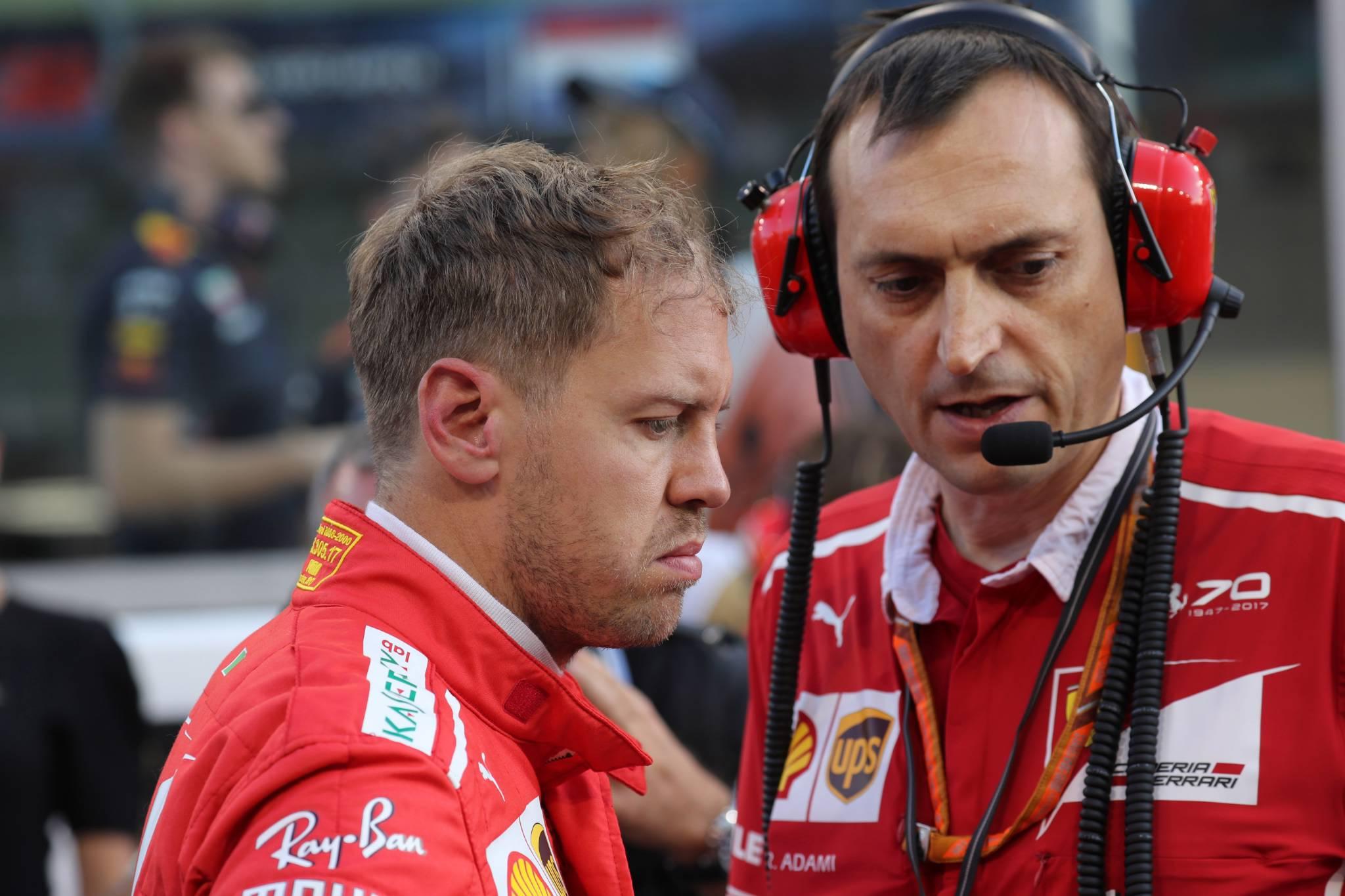 26.11.2017 - Race, Sebastian Vettel (GER) Scuderia Ferrari SF70H and Riccardo Adami (ITA) Ferrari Race Engineer