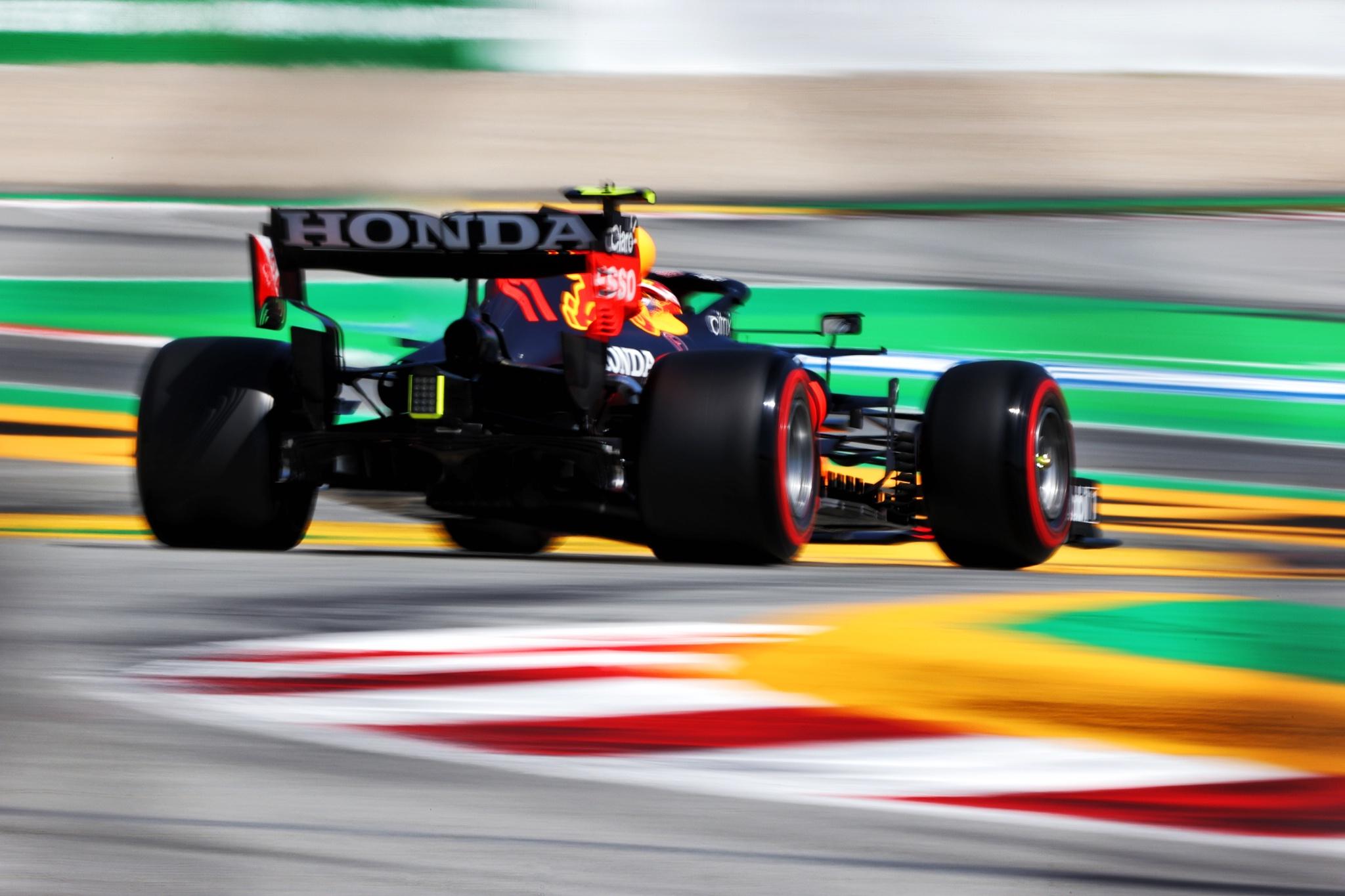 Sergio Perez (MEX) Red Bull Racing RB16B.
