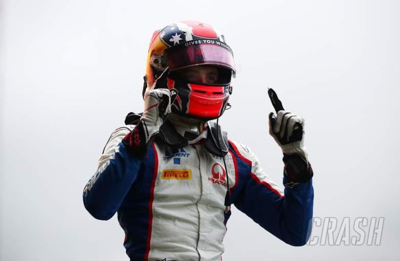 F3 Belgia: Doohan Unjuk Gigi Lewat Kemenangan Dominan saat Hujan
