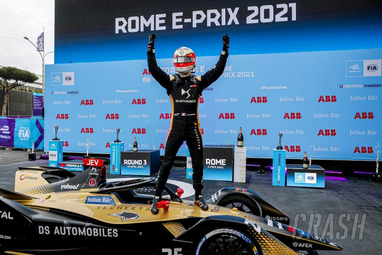 E-Prix Roma: Vergne Menangi Balapan FE yang Penuh Insiden