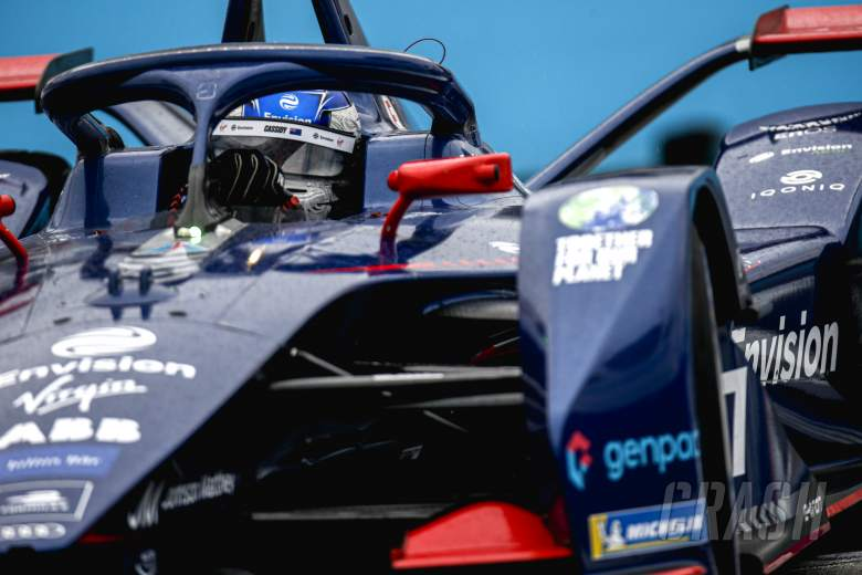 Cassidy claims shock maiden Formula E pole in damp Rome E-Prix qualifying