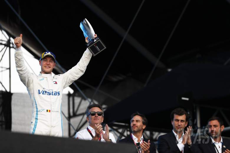 Mercedes won't be 'deluded' by strong start in Formula E