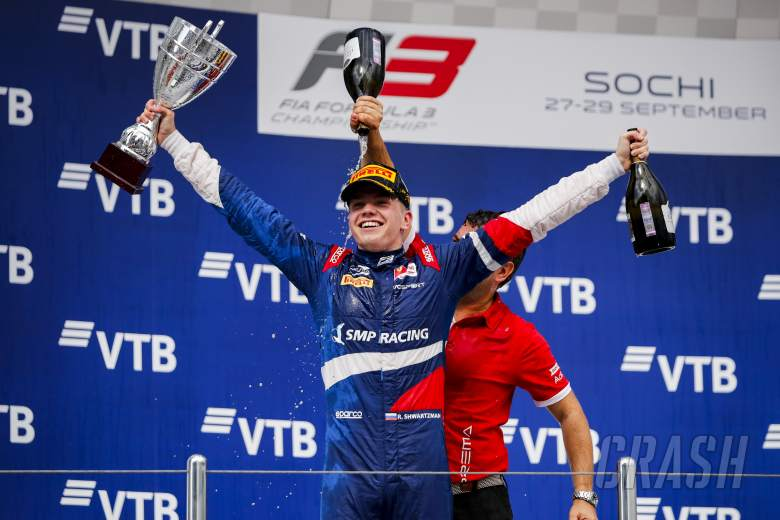Shwartzman meraih gelar F3 saat Armstrong meraih kemenangan Sochi