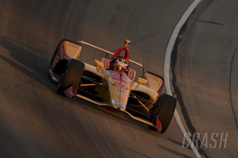 Fuel mileage robs Ryan Hunter-Reay of sure Texas win