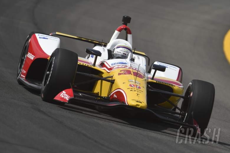 Alexander Rossi marah-marah dengan Takuma Sato setelah shunt 5 mobil
