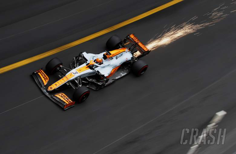 """'Special' driving style needed for McLaren F1 car """"not natural"""" for Ricciardo"""