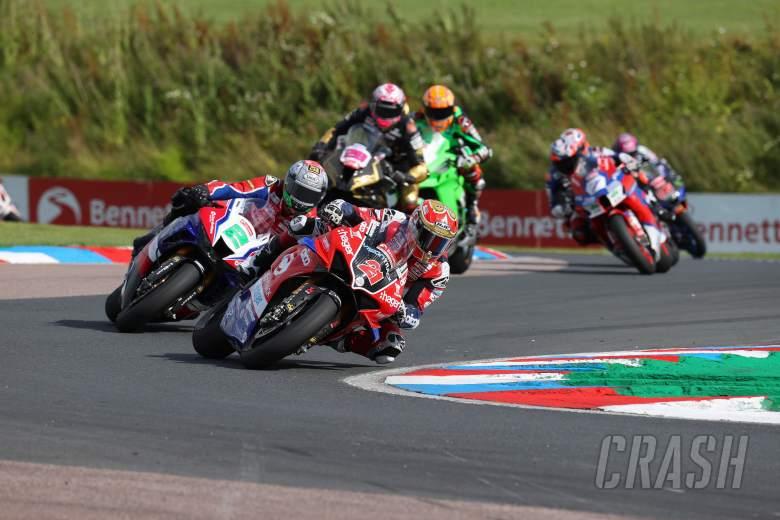 Iddon retains championship lead following seventh podium finish