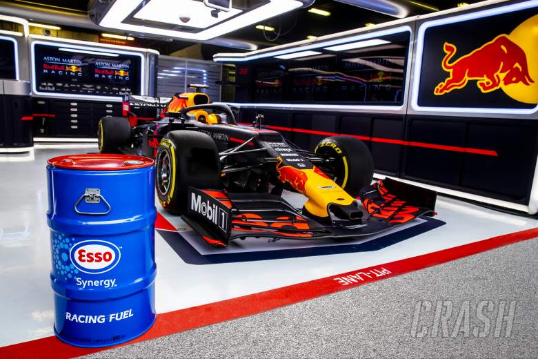 Tech: The race to get Red Bull's fuel update to Suzuka