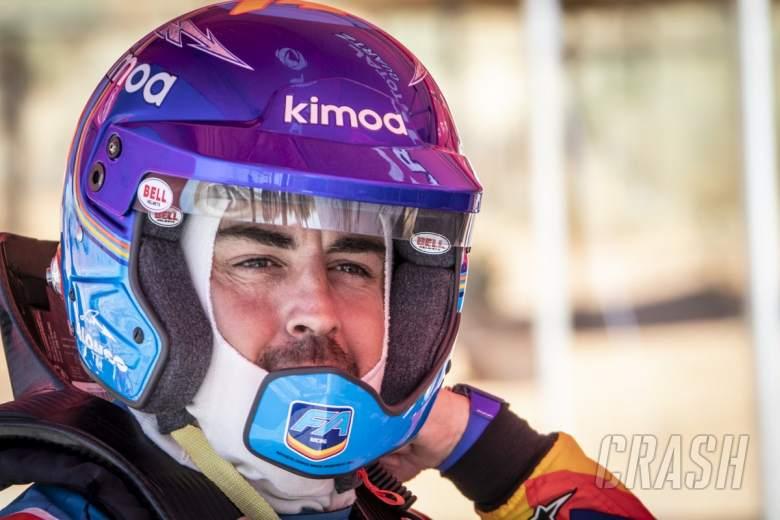 Alonso memulai uji mobil perdana Reli Dakar