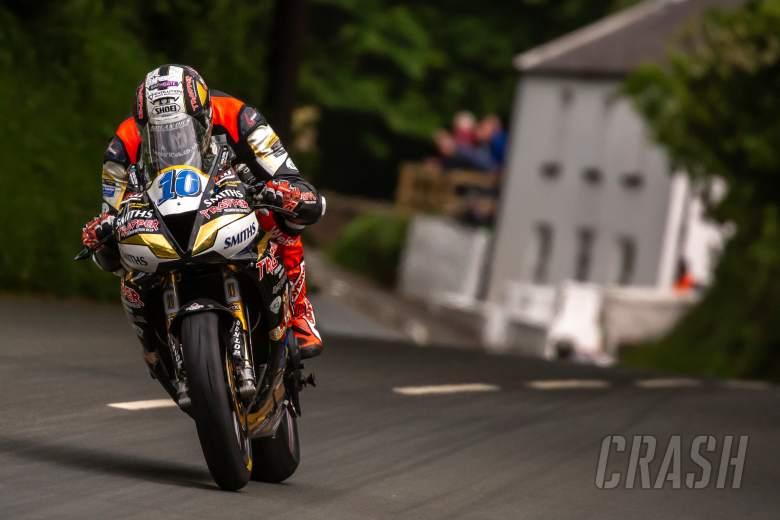 Peter Hickman, Smiths Racing Triumph, Isle of Man TT,
