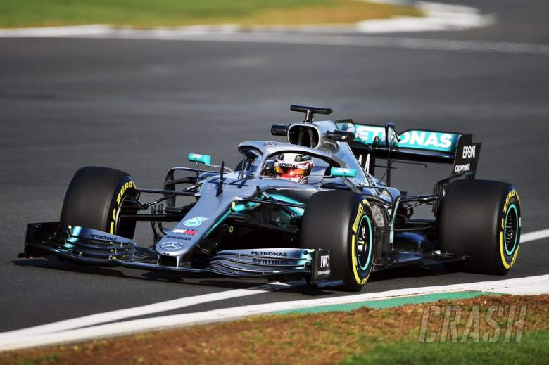 Hamilton on 'smooth' first run, looking for Mercedes F1 car faults