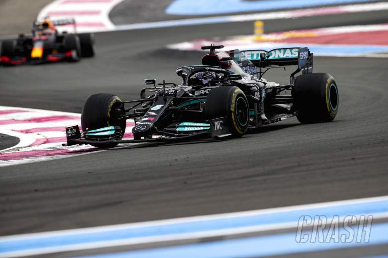 Mercedes 'doesn't fully understand' how Verstappen undercut Hamilton