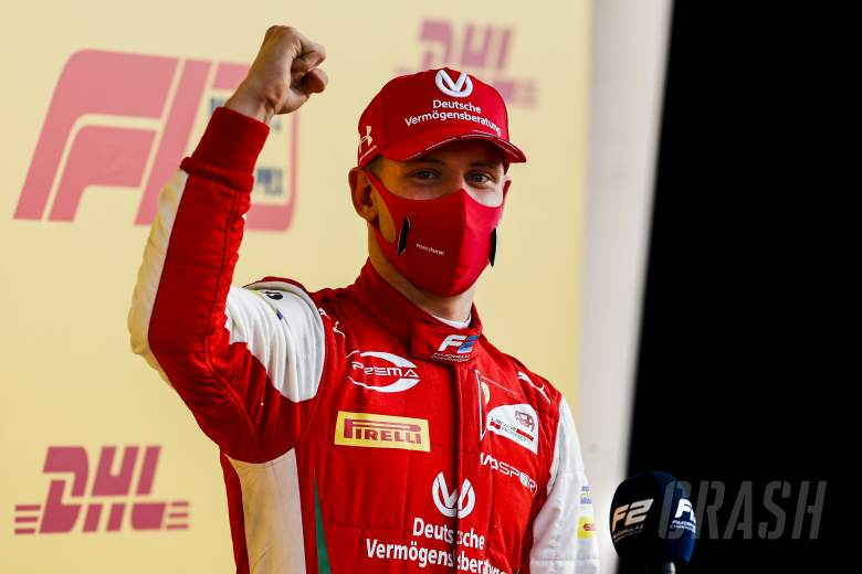 Daruvala memenangkan final F2 Bahrain yang epik saat Schumacher dinobatkan sebagai juara