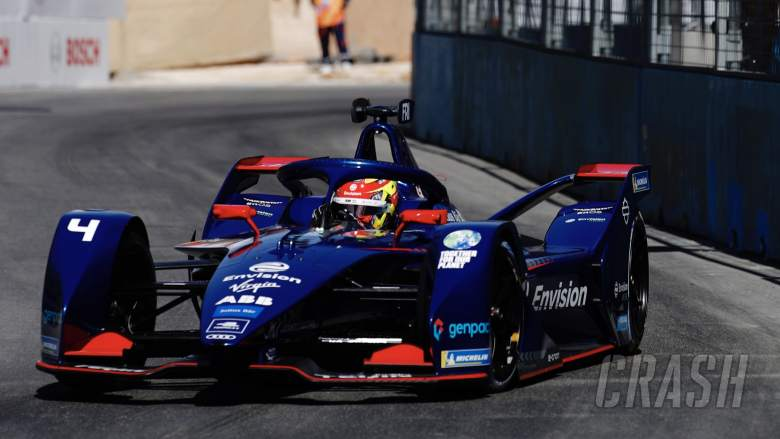 Frijns takes first FE pole in Diriyah with Mercedes banned from qualifying