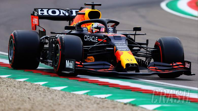 """Verstappen frustrated by first """"scrappy"""" F1 qualifying laps in a long time"""