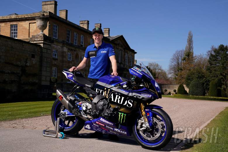 Ian Hutchinson joins Edwards 1902 Yamaha in Pirelli National Superstock