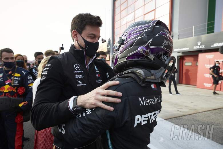 Wolff just needs to put 'pen on paper' with new Mercedes F1 deal