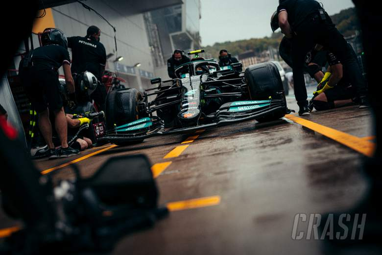F1 qualifying could move to Sunday amid Russian GP rain threat