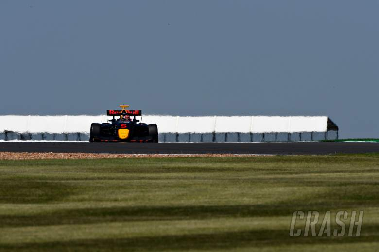 Red Bull F1 junior Lawson claims second F3 win at Silverstone