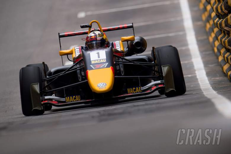 Ticktum mengamankan kemenangan GP Makau kedua setelah bendera merah