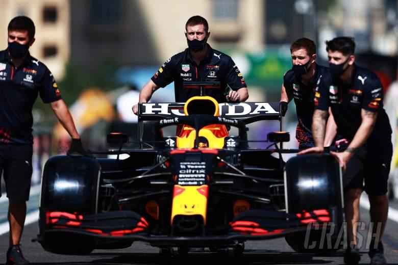 F1 GP Azerbaijan: Awasi Flexi-Wing, Spoiler Mobil Ditempeli Stiker