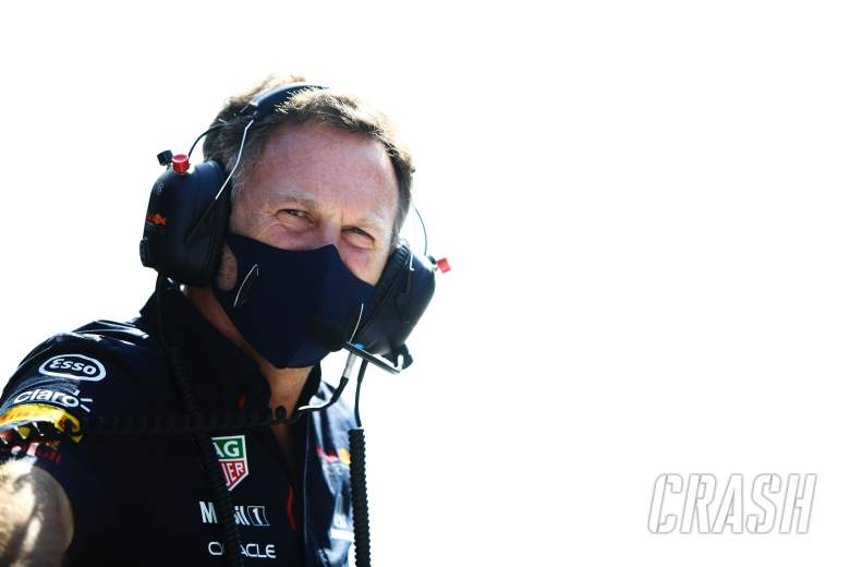 Horner disagrees with way Mercedes F1 boss Wolff 'roasts his own team'