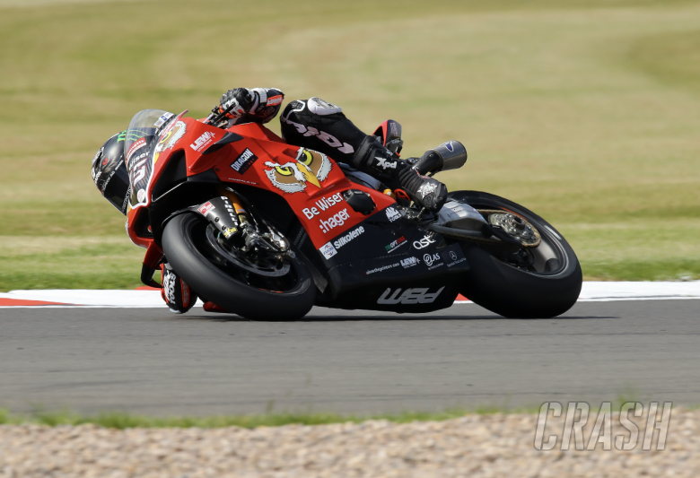Redding gets the edge with Donington Park pole