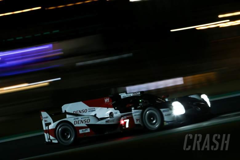 Kobayashi mengambil pole Le Mans di Toyota one-two
