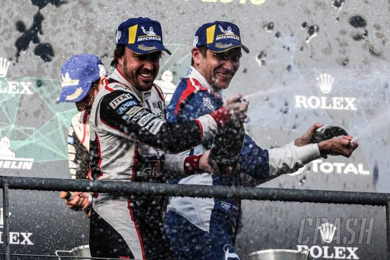 Snowy Spa WEC menang di antara balapan paling gila di Alonso