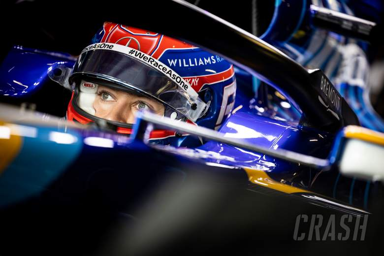 Russell eyes first F1 points for Williams with 'maximum attack' approach
