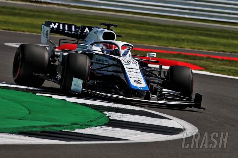 Russell mengalahkan Albon dalam kemenangan Virtual British GP pada kembalinya F1 Esports
