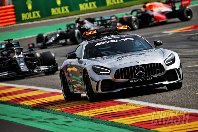 Why red flag was not thrown for F1 Belgian GP crash