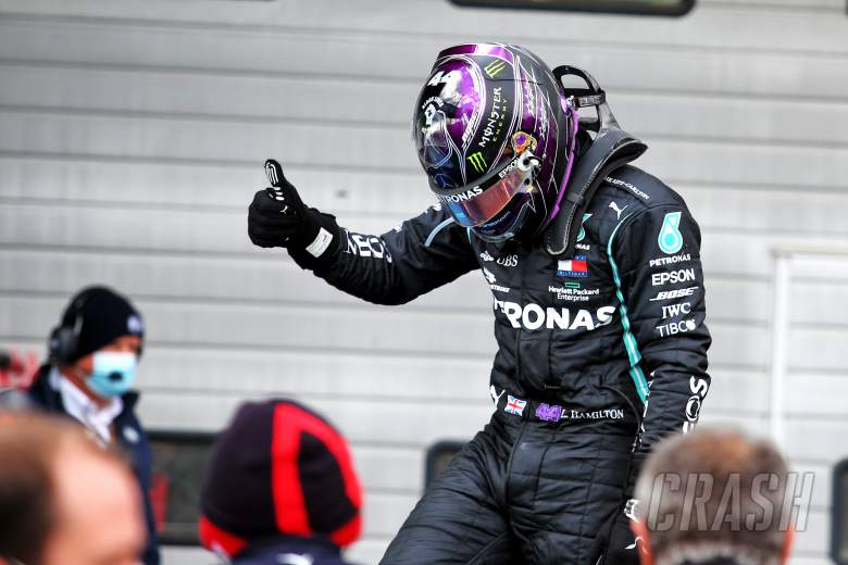 Hamilton meraih kemenangan F1 ke 91 di Eifel GP untuk menyamai Schumacher