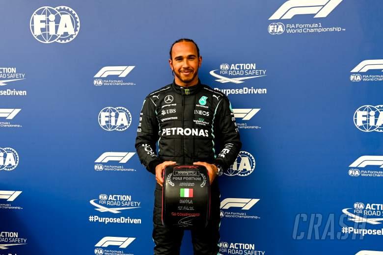 Lewis Hamilton Butuh Lap Sempurna untuk Kalahkan Red Bull