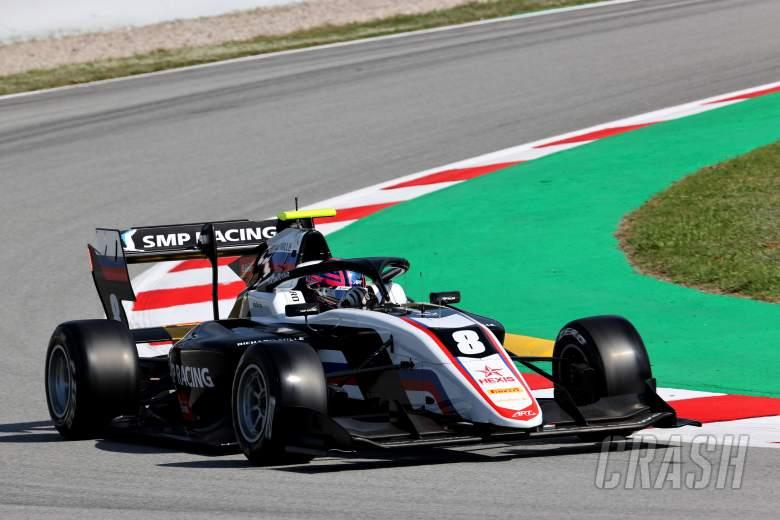 Smolyar dominates first Formula 3 sprint race in Barcelona
