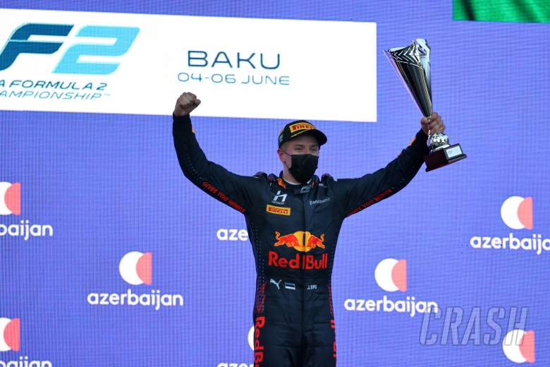 Vips beats Piastri to Baku Formula 2 feature race victory