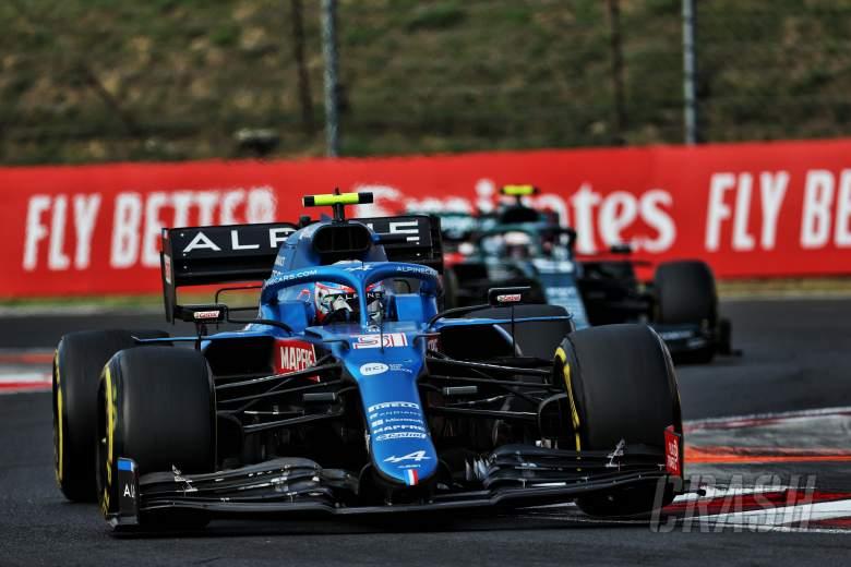 F1 GP Hongaria: Ocon Bendung Vettel untuk Kemenangan Epik