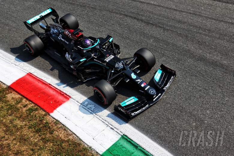 Hamilton fastest as Sainz crashes heavily in final Italian GP practice