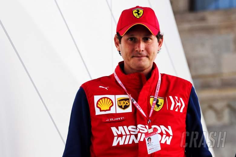 Chairman Ferrari Kibarkan Bendera Start Le Mans 24 Jam 2021