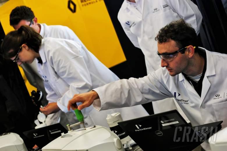 Bagaimana Infiniti mengembangkan generasi insinyur F1 selanjutnya