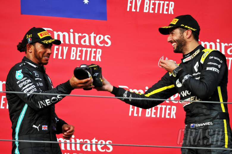 "Ricciardo revels in ""majestic"" shoey with Hamilton on F1 podium"
