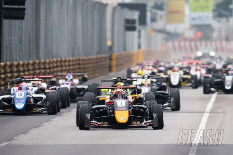 Ticktum menyapu kemenangan balapan kualifikasi Macau F3 yang dominan