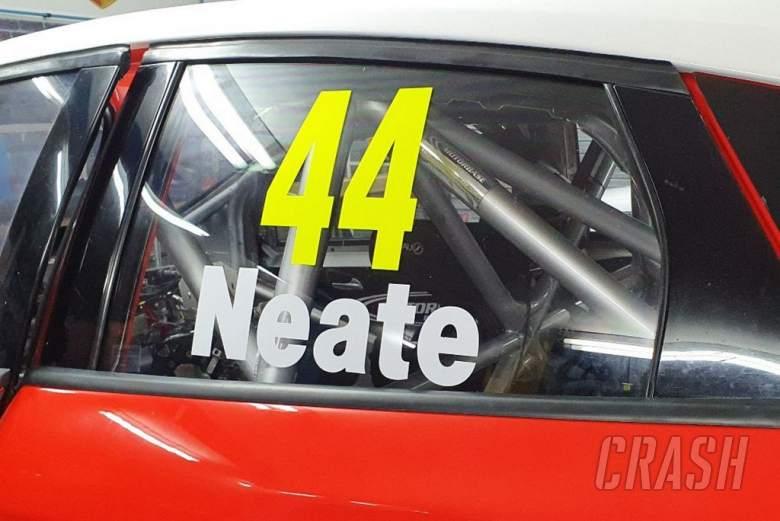 Neate returns to BTCC with Motorbase Performance