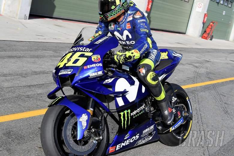 PIC: Rossi debuts Yamaha fairing update