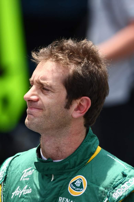 26.11.2011- Saturday Practice, Jarno Trulli (ITA), Team Lotus, TL11