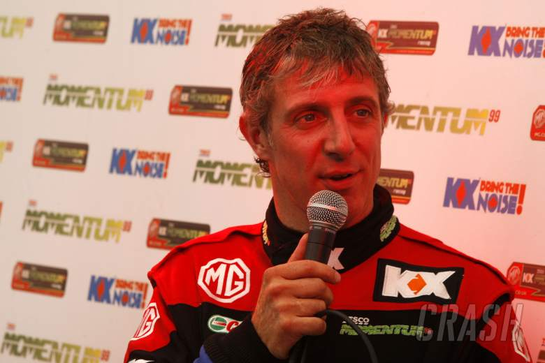 Jason Plato (GBR) MG KX Momentum Racing MG6 GT