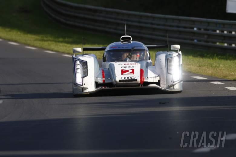 Allan McNish/Rinaldo Capello/Tom Kristensen Audi Sport Team Joest Audi R18 E-Tron Quattro